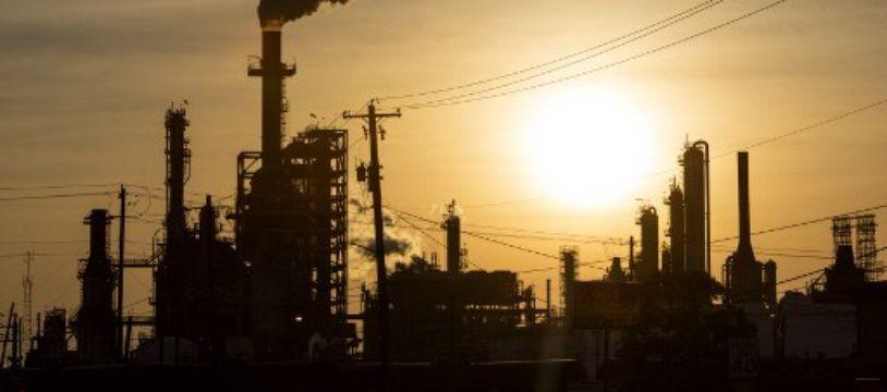 Une usine de raffinage du pétrole à Houston, Texas, le 20 avril 2020.