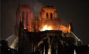 Lors de l'incendie de Notre-Dame de Paris le 15 avril 2019.