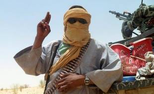 Les rebelles touareg du Mouvement national de libération de l'Azawad (MNLA) ont finalement renoncé vendredi à leur fusion très controversée avec les islamistes d'Ansar Dine dans le nord du Mali, en raison de désaccords sur l'application de la charia, la loi islamique