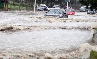 Les experts mondiaux du climat ont entamé jeudi une nouvelle série de négociations à Bangkok, alors que la multiplication des catastrophes naturelles et des vagues de chaleur rappelle la nécessité d'agir rapidement contre le réchauffement climatique.