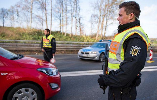 Un enfant de 8 ans roule à 140 km/h sur une autoroute 640x410_illustration-policiers-allemands-procede-controle-routier-assez-surprenant-autoroute-a44-ouest-pays