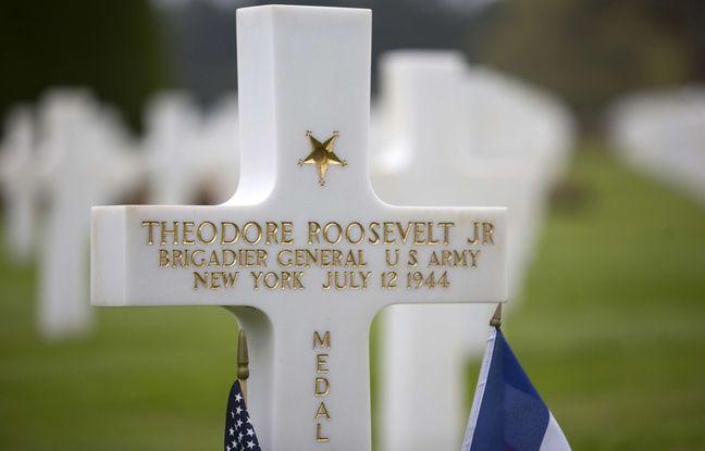 La tombe de Theodore Roosevelt Jr., sur laquelle est gravée sa Medal of Honor, récompense militaire attribuée aux Américains qui ont sauvé des vies.