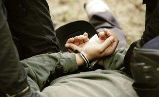Illustration d'une arrestation.