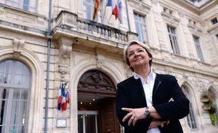 La maire de Bollène dans le Vaucluse, Marie-Claude Bompard.