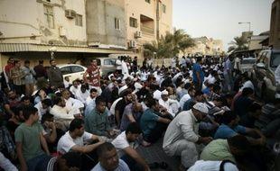 Manifestation de Bahreinis pour dénoncer la déchéance de nationalité d'un chef religieux chiite, à Diraz, le 20 juin 2016