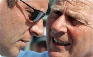 """""""L'attitude de MM. Patrice Clerc, président d'ASO, et Christian Prudhomme, directeur du Tour de France, est inacceptable. On ne peut dans le même temps réclamer davantage de contrôles et accuser la Fédération qui les organise avec succès et dans le respect des règles antidopage de chercher à nuire au Tour de France"""", a estimé l'UCI dans un communiqué publié deux jours après l'arrivée de l'épreuve."""