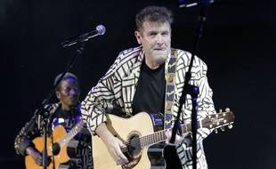 Johnny Clegg a su mixer les genres, tout au long de sa carrière