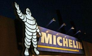Le fabricant français de pneumatiques Michelin a annoncé lundi la création d'une coentreprise en Indonésie, en association avec le groupe local PT Petrokimia Butadiene Indonesia (PBI), pour y produire du caoutchouc synthétique.