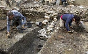 Chantier de fouilles archeologiques de INRAP d'une d'une habitation gallo-romaine sous le batiment de la préfecture de police de Paris, rue de Lutèce, en 2013.