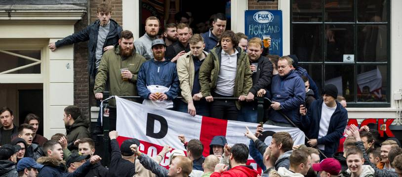 Les fans anglais dans les rues d'Amsterdam, le 23 mars 2018.
