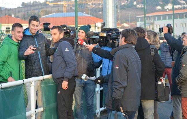 Julien Sablé se souviendra de son premier bain de foule en tant que nouvel entraîneur des Verts, quelques minutes avant l'officialisation du départ d'Oscar Garcia par le club.
