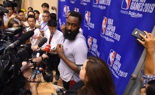 James Harden et les Rockets sont en tournée en Chine avant le début de la saison.