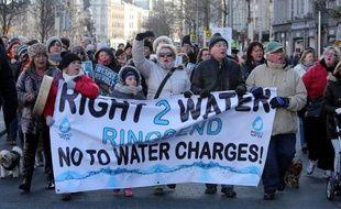 TDes manifestants dans les rues de Dublin contre la fin de la gratuité de l'eau le 31 janvier 2015