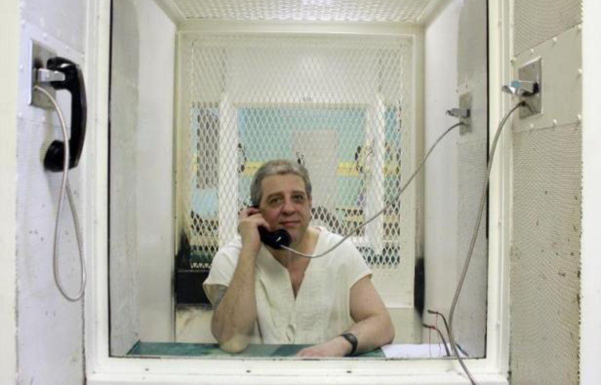 Des tests ADN menés sur trois cheveux devraient permettre, selon ses avocats jeudi, de disculper le prisonnier américain Hank Skinner, dans le couloir de la mort du Texas (sud) depuis vingt ans pour un triple meurtre qu'il nie avoir commis. – Chantal Valery AFP