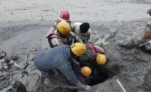 Les services de secours sont à pied d'œuvre pour retrouver les 150 disparus.