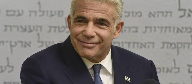 Yaïr Lapid a gagné en crédibilité depuis ses débuts en politique, jusqu'à se hisser au rang de principal rival du Premier ministre sortant Benjamin Netanyahu.