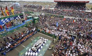 Grâce à de nombreux concerts, animations et autre stands, il règne une ambiance de festival aux 24 Heures du Mans.