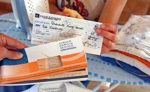 Le Chèque emploi service universel (CESU) permet de payer un ensemble de services à la personne.