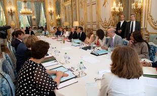 Emmanuel Macron préside le conseil des ministres le 3 août 2018.