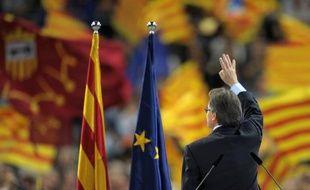 La Catalogne, poussée par une fronde indépendantiste, élit dimanche son Parlement, dans un défi au gouvernement espagnol qui pourrait la mener vers un référendum sur son avenir au sein de la quatrième économie de la zone euro.