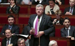 """Les mesures comme les emplois d'avenir ou le crédit d'impôt compétitivité """"tardent à donner les effets escomptés"""", estime le rapporteur général du Budget Christian Eckert (PS), appelant sur son blog à """"mettre le turbo"""" pour que ces outils soient utilisés."""