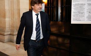 Michel Neyret, lors de son arrivée au tribunal correctionnel de Paris, le 9 mai 2016.