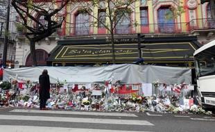 Illustration d'un mémorial en hommage aux victimes de l'attentat du Bataclan, le 26 novembre 2015.