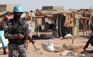 Un Casque bleu nigérian a été tué et trois autres ont été blessés samedi dans l'attaque de leur patrouille au Darfour, dans l'ouest du Soudan, a annoncé l'ONU