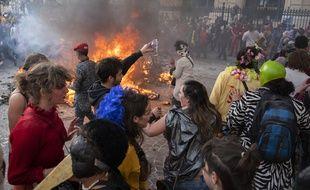 Des participants au Carnaval de la Plaine à Marseille