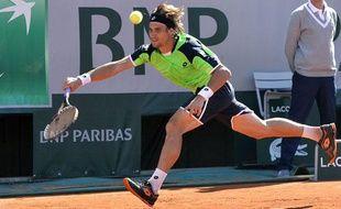 L'EspagnolDavid Ferrer, le 4 juin 2013 lors de son quart de finale de Roland-Garros, contre Tommy Robredo.