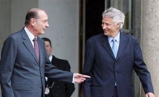 Entendu comme témoin dans l'enquête sur la disparition d'un journaliste en 1997 à Tahiti, l'ancien Premier ministre Dominique de Villepin a affirmé jeudi à Paris à un juge de Papeete que Jacques Chirac n'a jamais possédé de compte au Japon.
