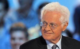 """Les deux anciens Premiers ministres Lionel Jospin et Jean-Pierre Raffarin proposeront sur LCI des """"éditoriaux"""" en relation avec la campagne présidentielle à partir de lundi, a annoncé la chaîne d'information payante jeudi."""