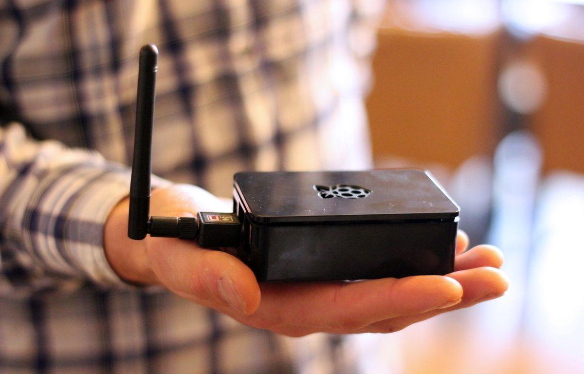 Trente boîtiers wifi ont été installés dans les commerces du centre-ville de Rennes pour suivre les mouvements des smartphones. – C. Allain / APEI / 20 Minutes