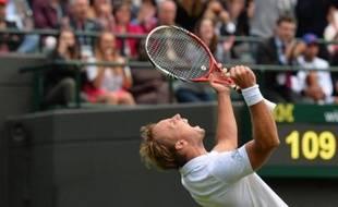 L'heure de gloire de Steve Darcis, la pudeur de Nadal, la promenade de Federer, et le joli tir groupé des Français: ce qu'il fallait retenir de la première journée de Wimbledon lundi