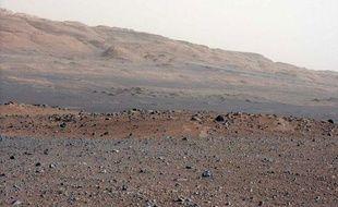 Une photo de Mars prise par le robot curiosity, le 23 août 2012