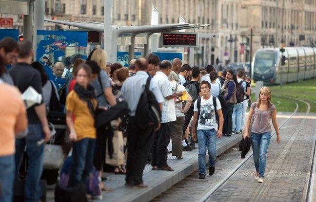 Municipales 2020 à Bordeaux: Nicolas Florian vise 300.000 habitants (contre 250.000 aujourd'hui), «un non-sens» pour Vincent Feltesse