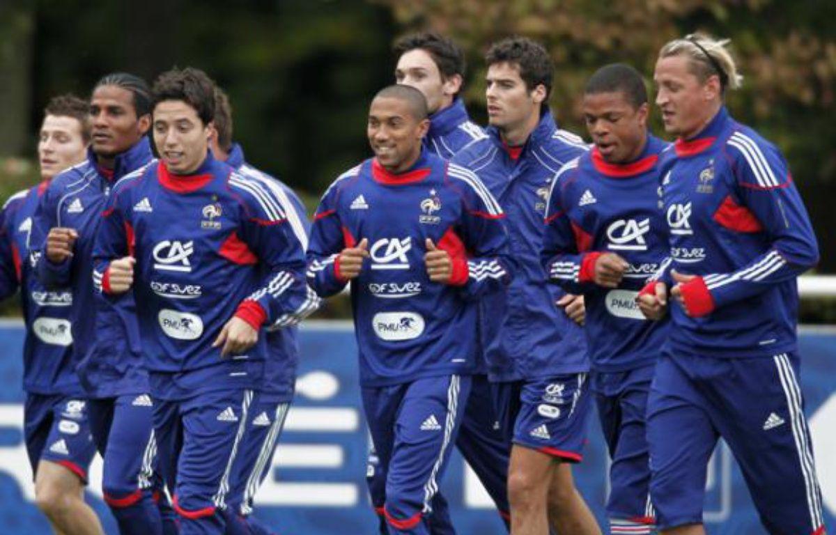 Les joueurs de l'équipe de France, lors d'un footing à Clairefontaine, le 5 octobre 2010. – C.Platiau/REUTERS