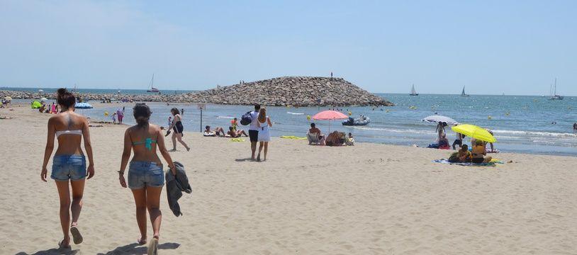 La plage, à la Grande-Motte, près de Montpellier.