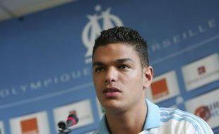 Hatem Ben Arfa, le joueur de football de l'Olympique de Marseille, lors de sa présentation à la presse, le 2 juillet 2008