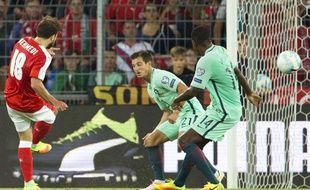 Memehdi marque le second but de la suisse face au Portugal