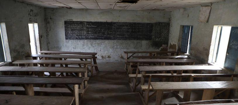 Une classe vide d'une école du Nigéria, attaquée le 18 février dernier.