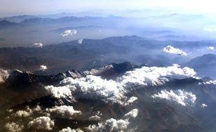 Des nuages au-dessus de la chaîne de l'Elbourz en Iran.