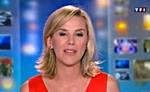 La présentatrice Laurence Ferrari, lors de son dernier 20H, sur TF1, le 31 mai 2012.