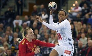 Allison Pineau et les handballeuses françaises rejoignent la Suède en demi-finale.