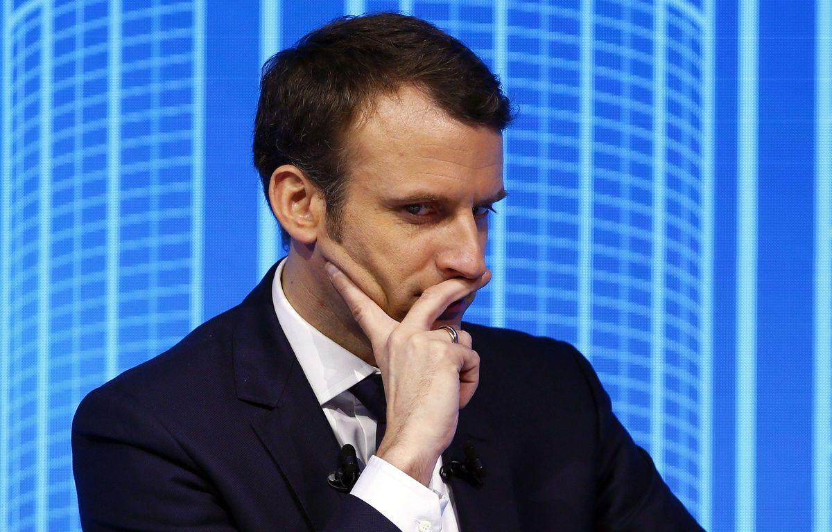 """Emmanuel Macron lors du forum """"Réinvestissons la France"""", le 23 février 2017 au Carrousel du Louvre à Paris. –  Francois Mori/AP/SIPA"""