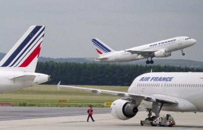 Air France, plongée dans une grande révision de sa stratégie pour sortir des difficultés et renouer avec la compétitivité, dévoilera à combien elle chiffre son sureffectif et par quelles mesures elle entend y remédier, jeudi lors d'un comité central d'entreprise.