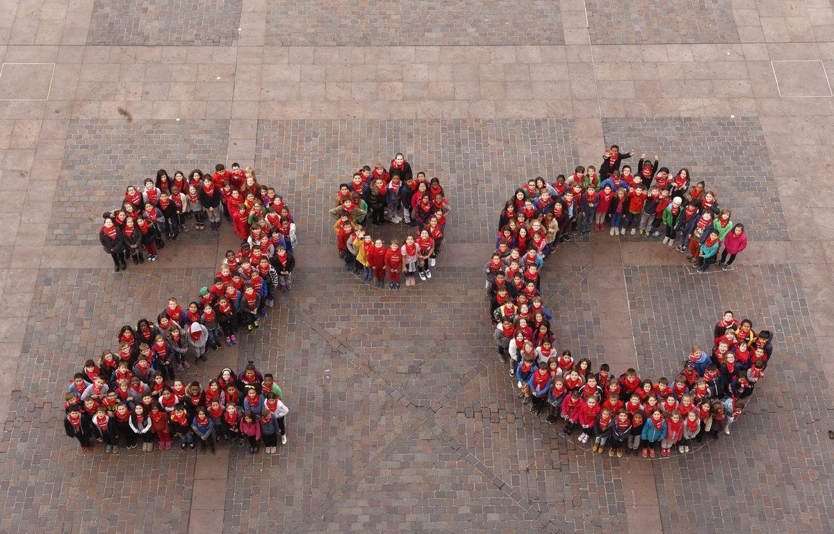 Le logo humain des écoliers de Toulouse avant la Cop21. – Partrice Nin - Mairie de Toulouse