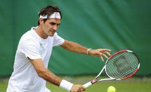 Le tennisman suisse Roger Federer lors d'un entraînement à Wimbledon, le 21 juin 2009.
