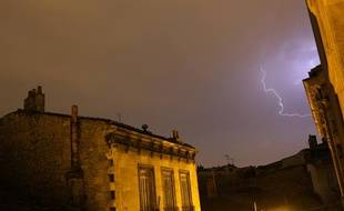Illustration d'un orage à Bordeaux en juillet 2013.