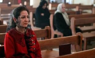 """""""Nous allons peut-être marcher dans les pas de nos frères juifs"""" et partir. Après dix ans d'attaques contre les chrétiens d'Irak, le père Pios Cacha craint que les jours de cette communauté ancestrale ne soient comptés dans le pays."""